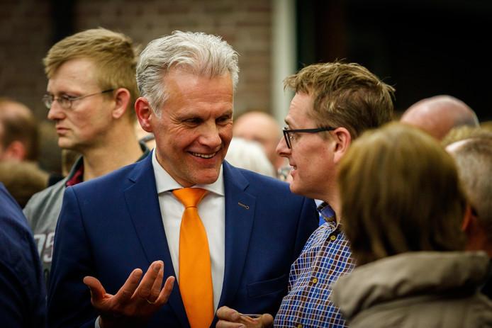 """Lucas Mulder (SGP), tijdens de verkiezingsavond in Staphorst.  ,,Donderdag gaan we als raad de uitslag in een vergadering duiden."""""""