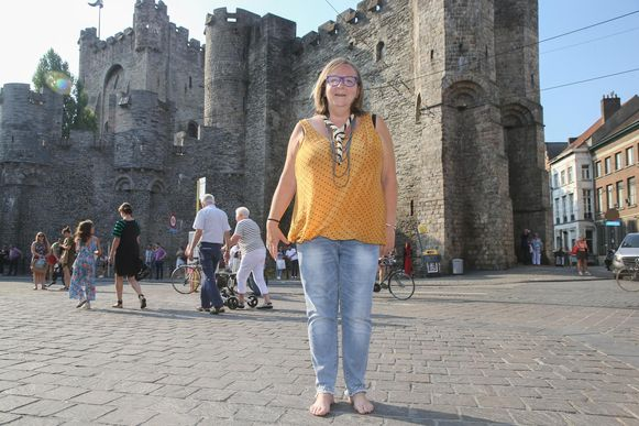 Tineke De Rijck, organisator van de Gentse Feesten op de Korenmarkt, wil als eerste vrouw toetreden tot de Gilde van de Stroppendragers.
