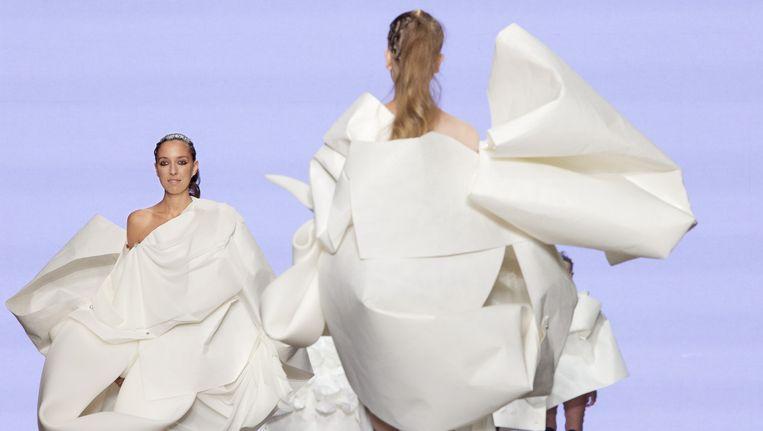 Modellen showen creaties van ontwerpster Marga Weimans tijdens de vorige Fashionweek Beeld anp