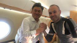 FT buitenland: Iniesta zet koers naar Japan - Monsterboete voor Falcao wegens fiscale fraude