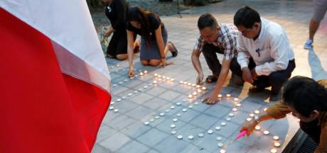 De wereld rouwt, een dag na de aanslag in Nice