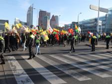 Demonstratie in het centrum tegen de aanval van Turkije