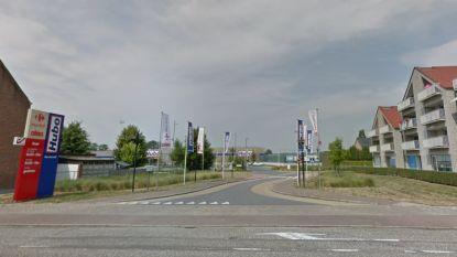 Deel van Gladioolstraat wordt Bakkersstraat zodat vrachtwagens niet meer verkeerd rijden