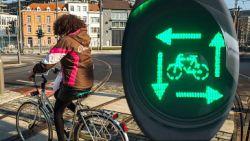 Nieuwe wegcode gaat volgende week in: bij 'vierkant groen' mogen alle fietsers en voetgangers tegelijk oversteken