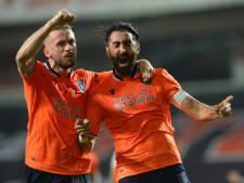 Eljero Elia met Basaksehir kampioen van Turkije