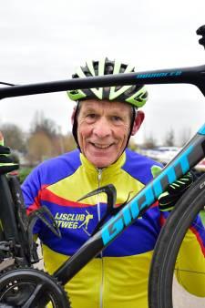Ton (72) verloor zijn vrouw aan kanker en fietst nu een monstertocht voor kankeronderzoek: 'Geld doneren is te makkelijk'