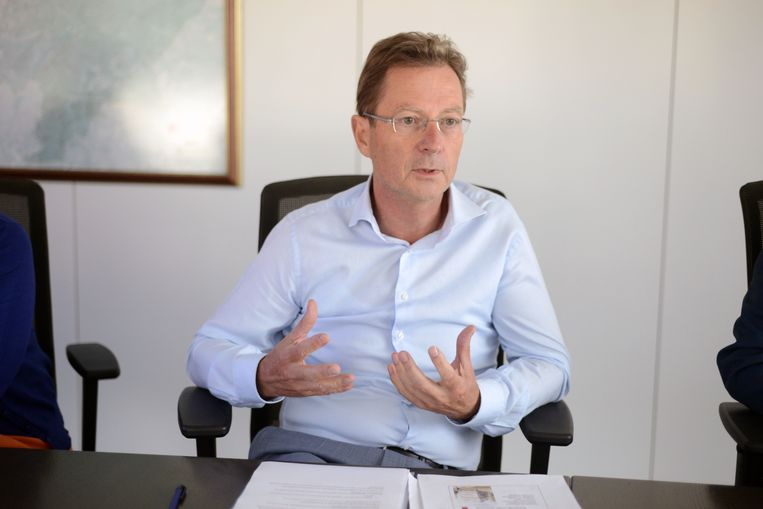 Schepen Dirk Vansina (CD&V) wil ook werk maken van de elektronische aangifte van een overlijden.