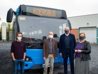 KOERS bouwt bus om tot mobiel wielermuseum