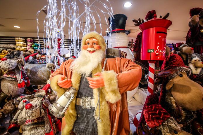 In de Zuidzandstraat opende voor het derde jaar op rij een grote pop-upwinkel.