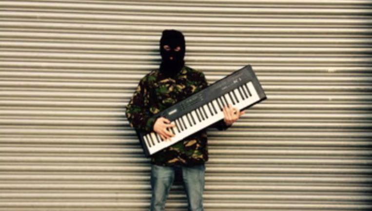 Cabbage met z'n Terrorist Synthesizer. Beeld