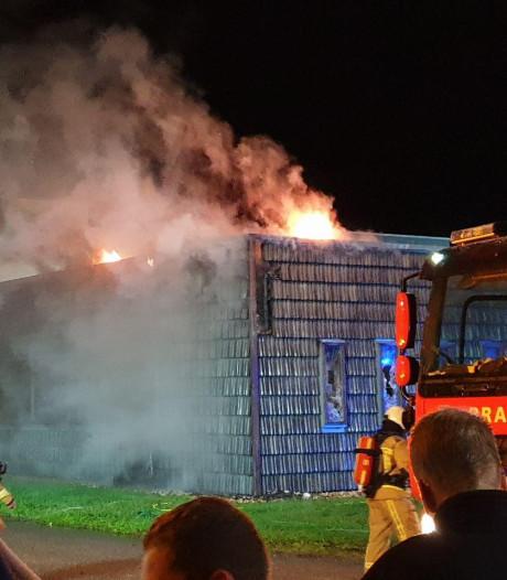 Brand in meubelmakerij in Meppel snel onder controle