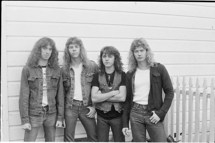 Metallica in de periode tussen eind 1982 en maart 1983 (vlnr): Cliff Burton (bas), James Hetfield (gitaar, zang), Lars Ulrich (drums) en Dave Mustaine (gitaar).