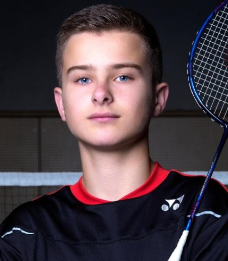 Badmintonner Rens Lagrouw (14) jongste debutant ooit