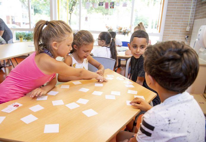 Basisschool Step in de wijk Ossenkoppelerhoek, waar de scholen op termijn onder één of twee daken verder moeten.