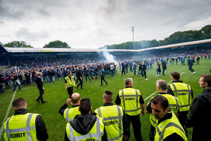 Ongeregeldheden bij de wedstrijd De Graafschap-GA Eagles.