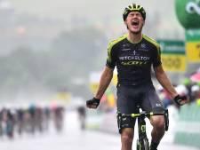 Vluchter Juul Jensen verrast peloton in stromende regen