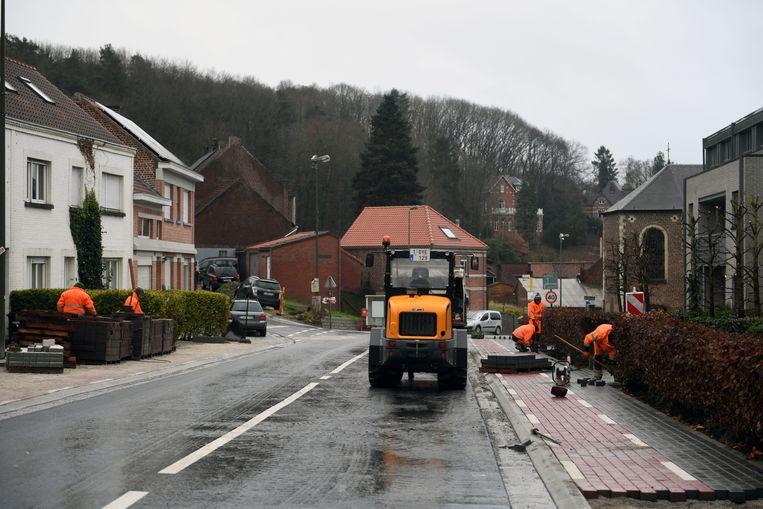 De wegenwerken in Sint-Joris-Weert beheersten jaren het plaatselijke leven, ook in de Leuvensestraat dat een kruispunt heeft met de Beekstraat, was dat zo.
