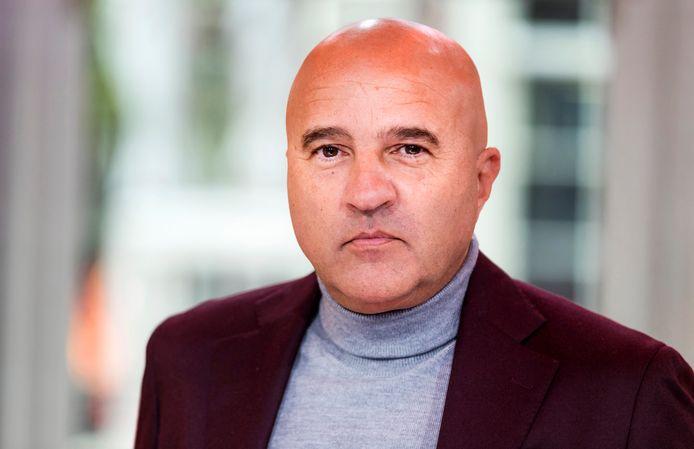 John van den Heuvel.