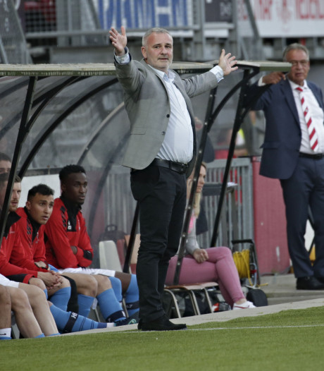 Twitteraccount Helmond Sport: 'Gefeliciteerd met je verjaardag Robby, Alflen op non-actief'