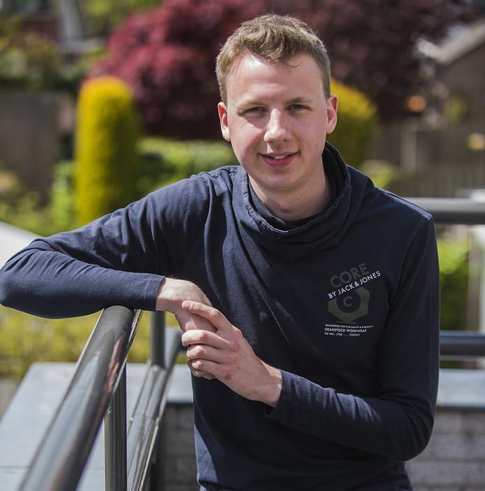 Drunenaar Yoïn van Spijk (25) onderzocht het dialect in de Langstraat.