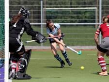 Pelikaan-vrouwen op koers voor promotie, Breda-vrouwen winnen weer