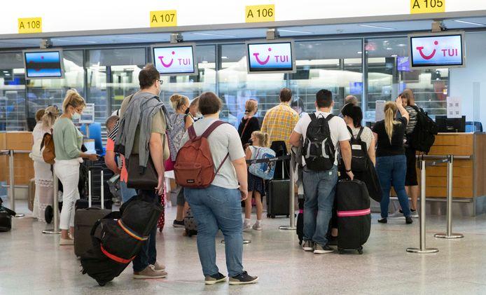 TUI a déjà pris les devants et annoncé le rapatriement d'Espagne de quelque 2.000 voyageurs belges