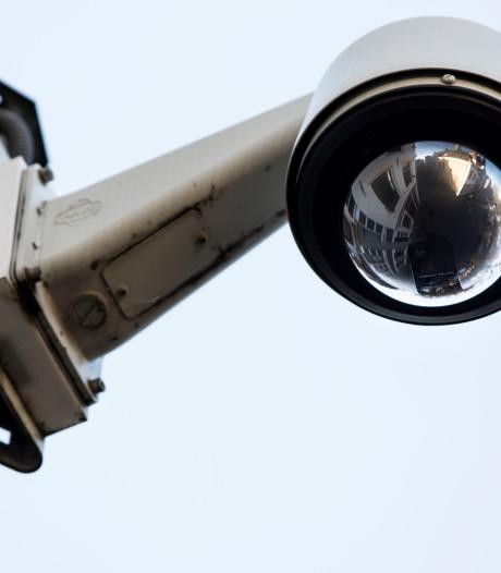 Ozb omhoog en geen camera's langs de weg: Wijk schrapt flink in plannen