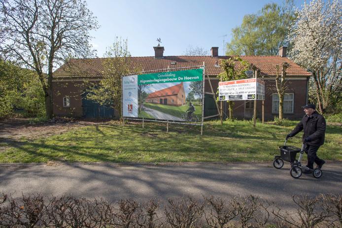 Over een aangekondigd migrantenhotel aan De Hoeven in Reusel ontstond weerstand bij omwonenden.
