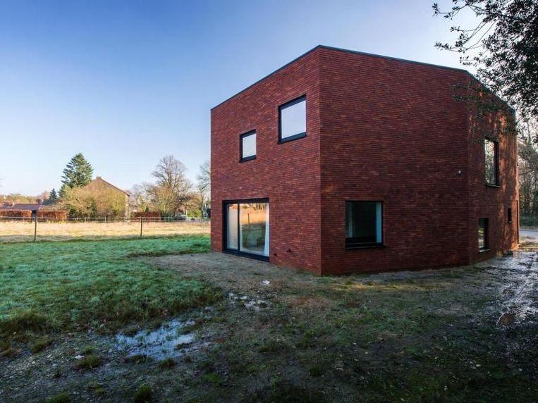"""""""Elke vierkante meter die gebouwd wordt kost geld"""", zegt architect Bert Stals."""