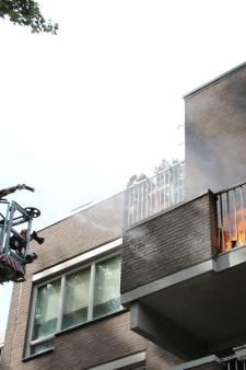Flinke rook bij woningbrand Stille Putten Delft