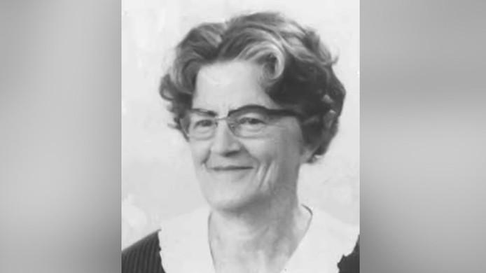 Cornelia van den Bergen-Groenewold werd op 20 april 1991 in haar slaapkamer van een woning in de Wenckebachstraat in Laak dood aangetroffen.