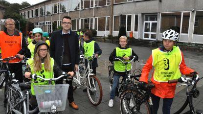 OLVH doet secundaire scholieren voor het eerst fietsproef afleggen