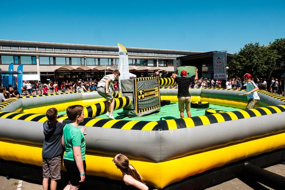 De leerlingen van Den Brandt ronden het schooljaar af met een schoolfestival.