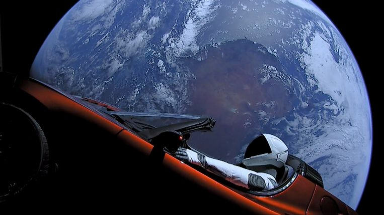 Elon Musk schoot vorige maand een Tesla de ruimte in, een marketingstunt die kan tellen.
