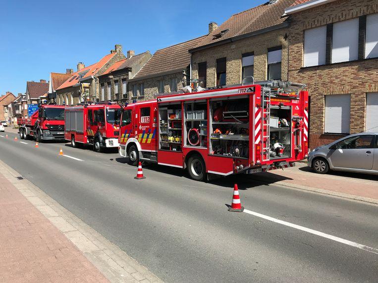 De brandweer aan de Pannestraat.