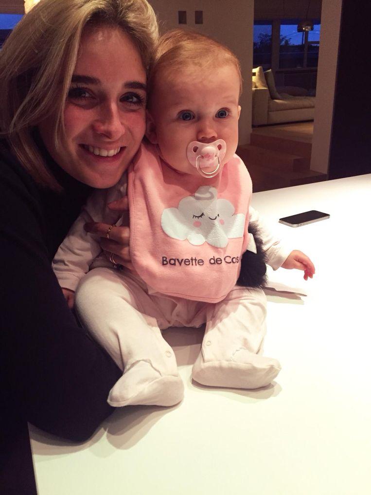 Luisa Devadder (25) uit Wevelgem liet haar dochtertje Cosette - intussen 11 maanden oud - achter bij Moeders voor Moeders. Zes dagen later ging ze haar terughalen, om haar nooit meer te lossen.