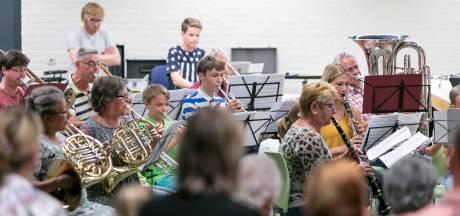 250 euro voor Haarense jongere die muziekles neemt bij lokale harmonie