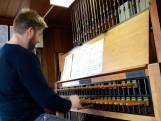 Luizenmoeder hit op carillon Laurenskerk