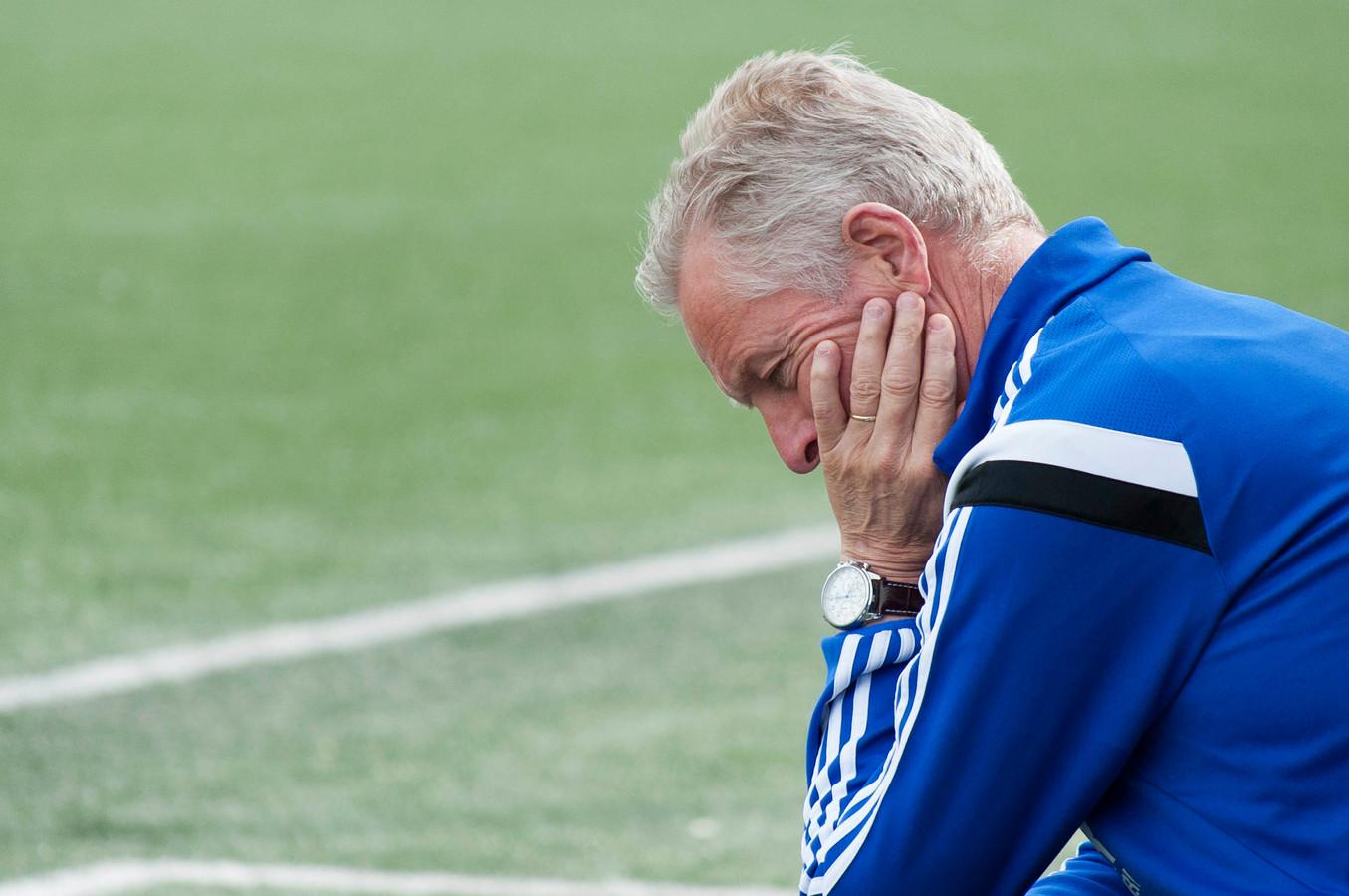 Jos Heutinck kende een goede start als trainer van Varsseveld. De bekerwedstrijd tegen Vogido werd met 1-0 gewonnen.