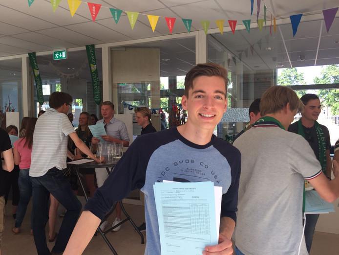 Rik van Mierlo (17) uit Dorst geeft vanavond een groot feest.