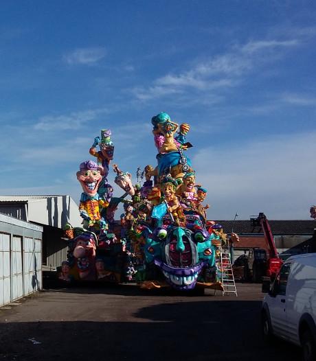 Wagenbouwers slaan hun slag op praalwagenmarkt in Kloosterzande