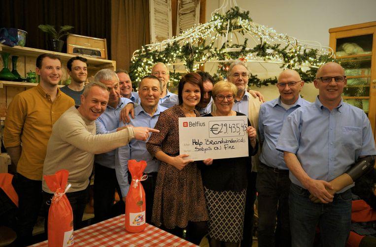 Help Brandwonden Kids Vzw mocht de cheque van 29.435 euro in ontvangst nemen.