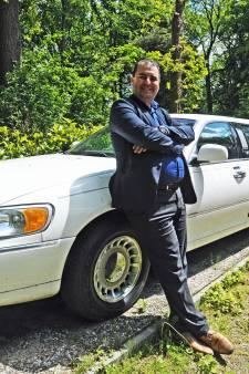 Azimi over partyboot: 'Er zijn altijd opties'