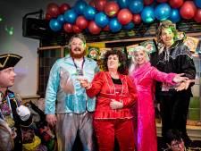 Nijmeegse burgemeester Hubert Bruls steelt de show als Benny van Abba