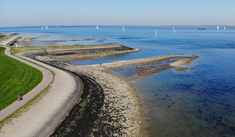 De infrastructuur in Zeeland laat ernstig te wensen over, vindt Evert Meijers. De provincie wordt afgescheept met een fietspad hier en daar.