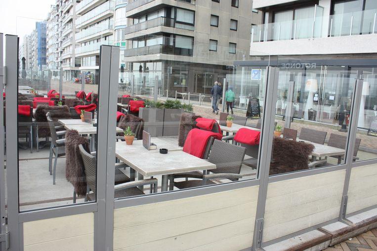 De terrassen zijn mooi aangekleed in Wenduine