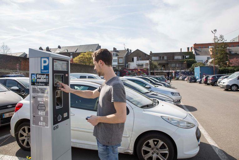 De nieuwe parkeerautomaten werken nu merkbaar sneller.