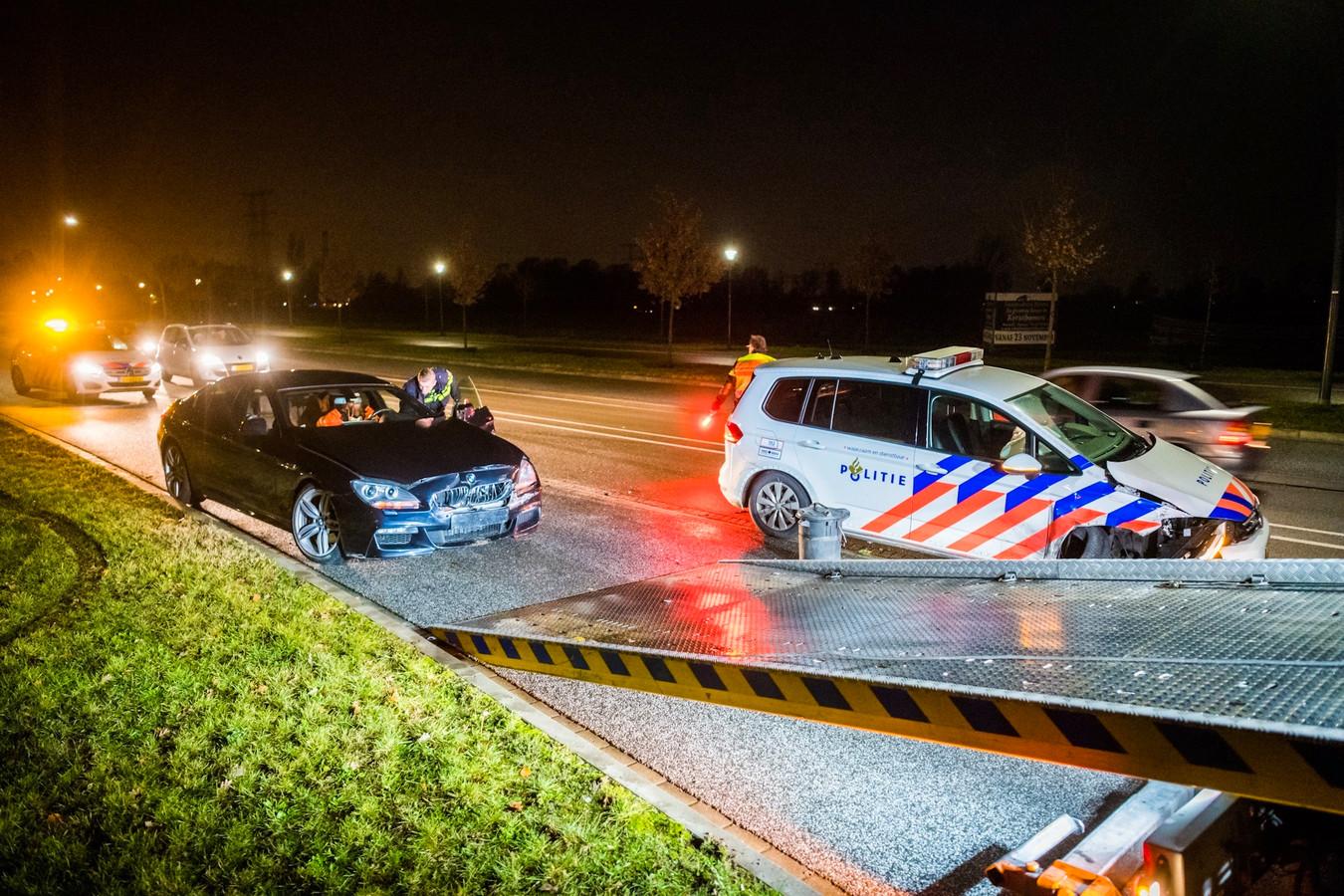 Bij de achtervolging in december 2019 moest de advocaat in Nuenen worden klemgereden. Twee politiewagens en zijn Mercedes raakten beschadigd.