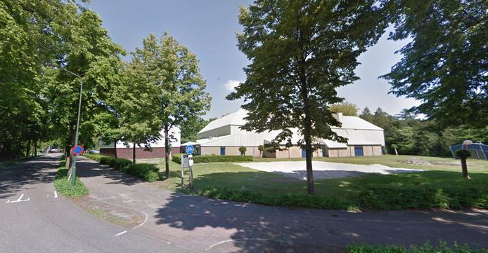 Habitat wil aan de Martinilaan, op het verwaarloosde jeu de boules-terrein naast de sporthal, woningen bouwen.