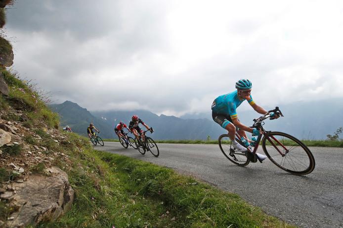 Jakob Fuglsang op de Col de Val Louron-Azet tijdens de 17de etappe van de Tour van vorig jaar.